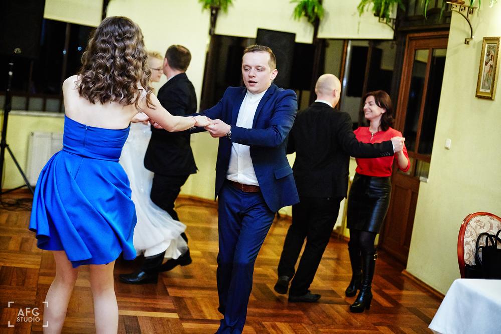 Wesele, zabawa, goście weselni