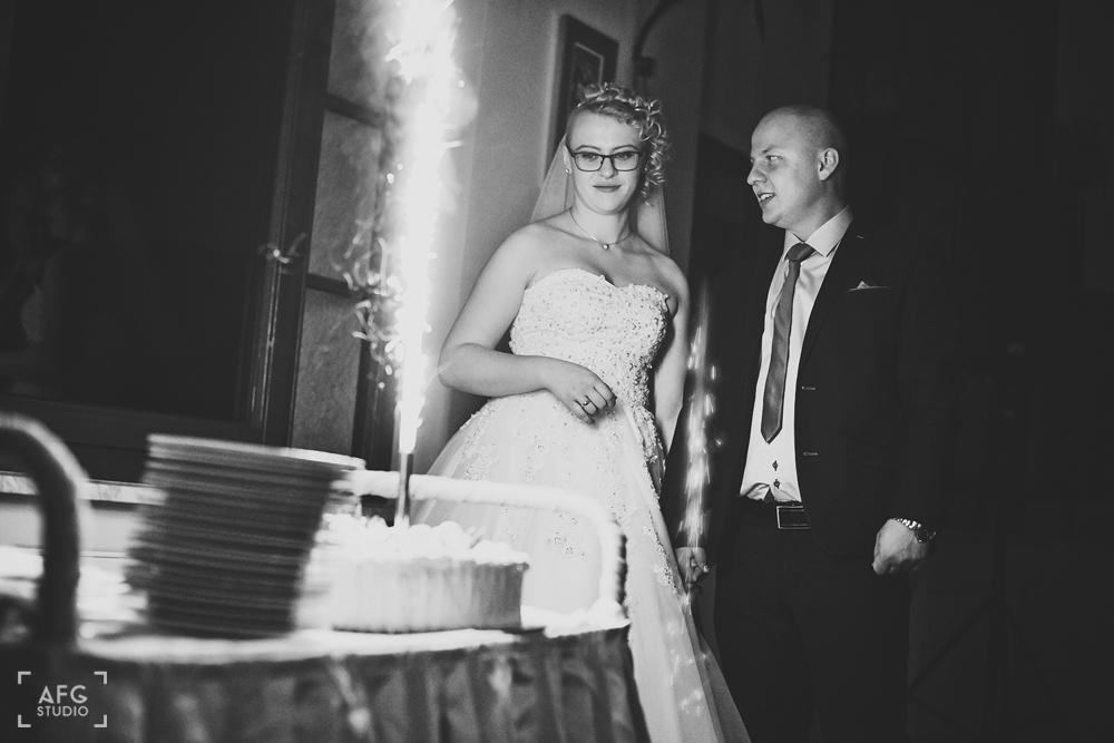 tort weselny, Wesele, zabawa, goście weselni