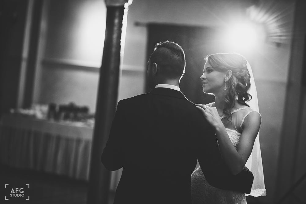 pierwszy taniec, para młoda, wesele