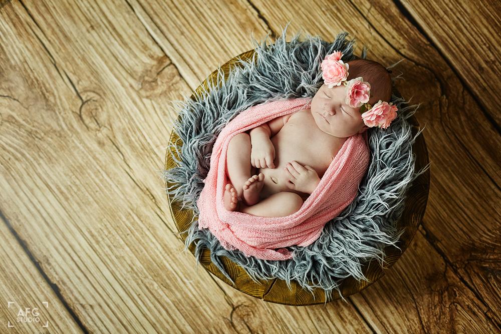 noworodek, kwiatki, opaska