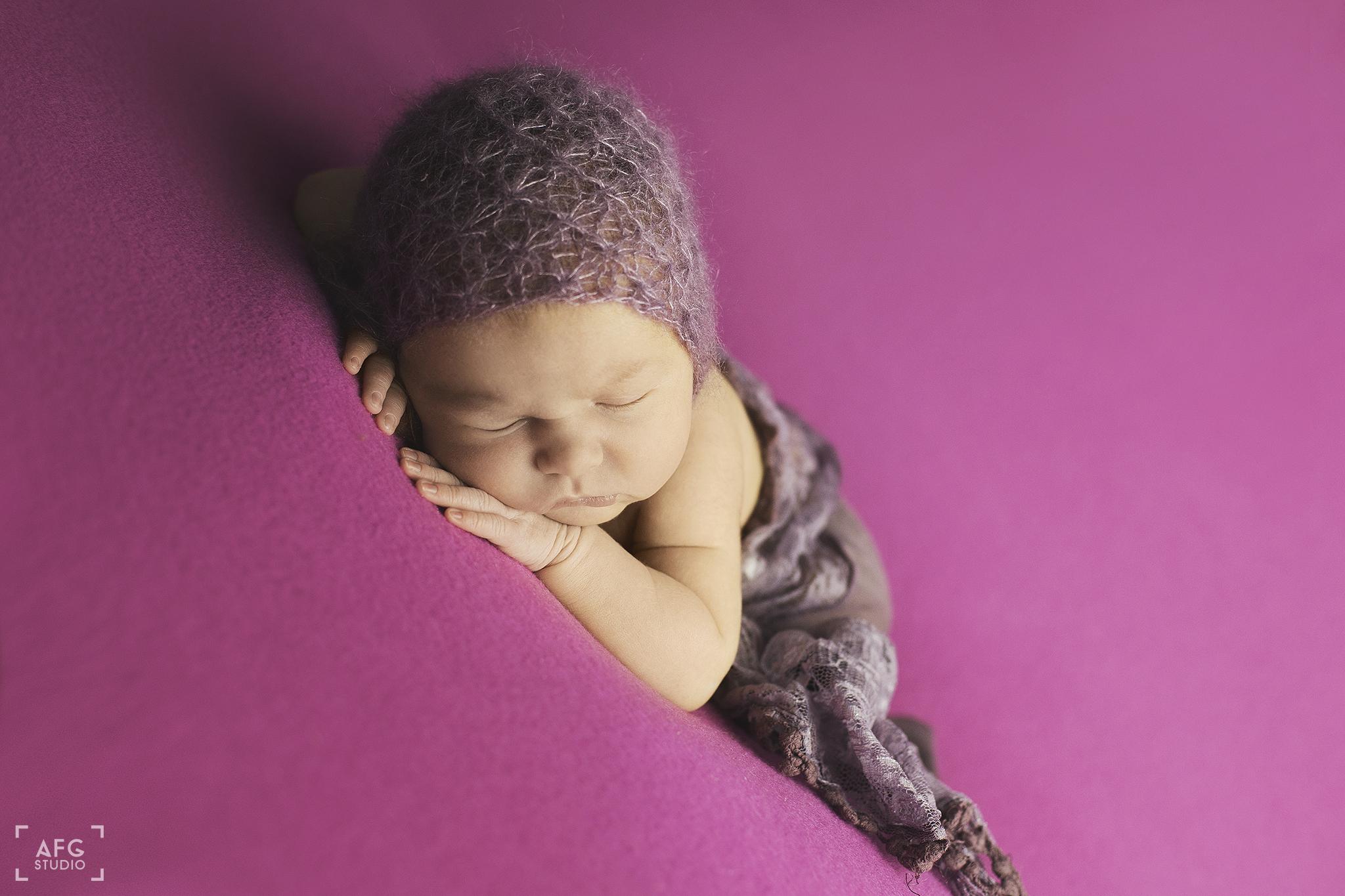noworodek, czapeczka, owijka