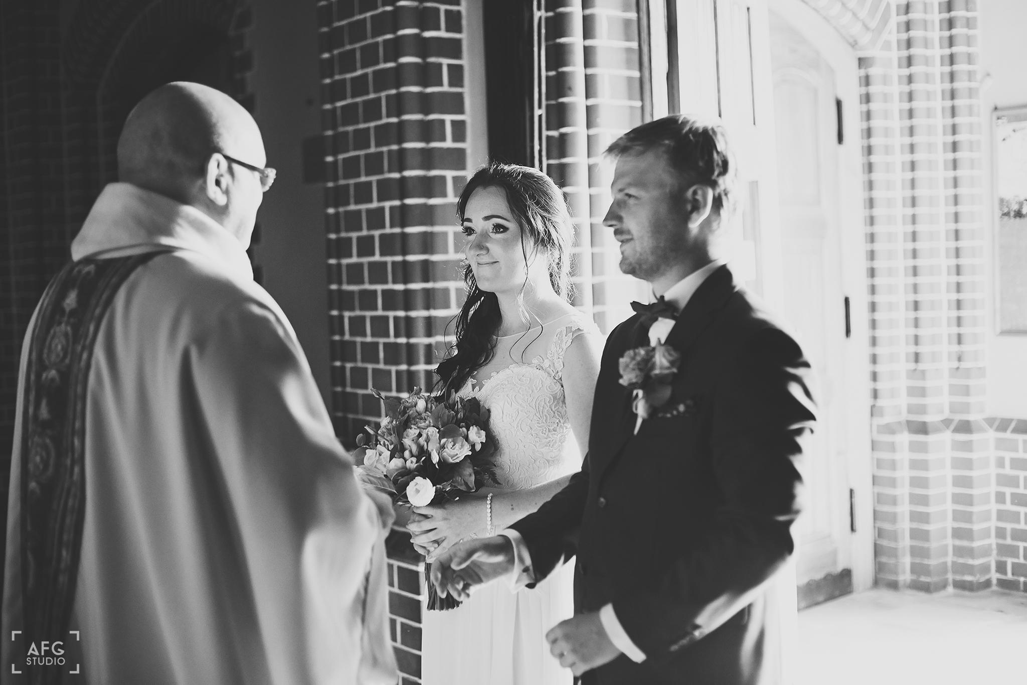 kościół, ślub, para młoda