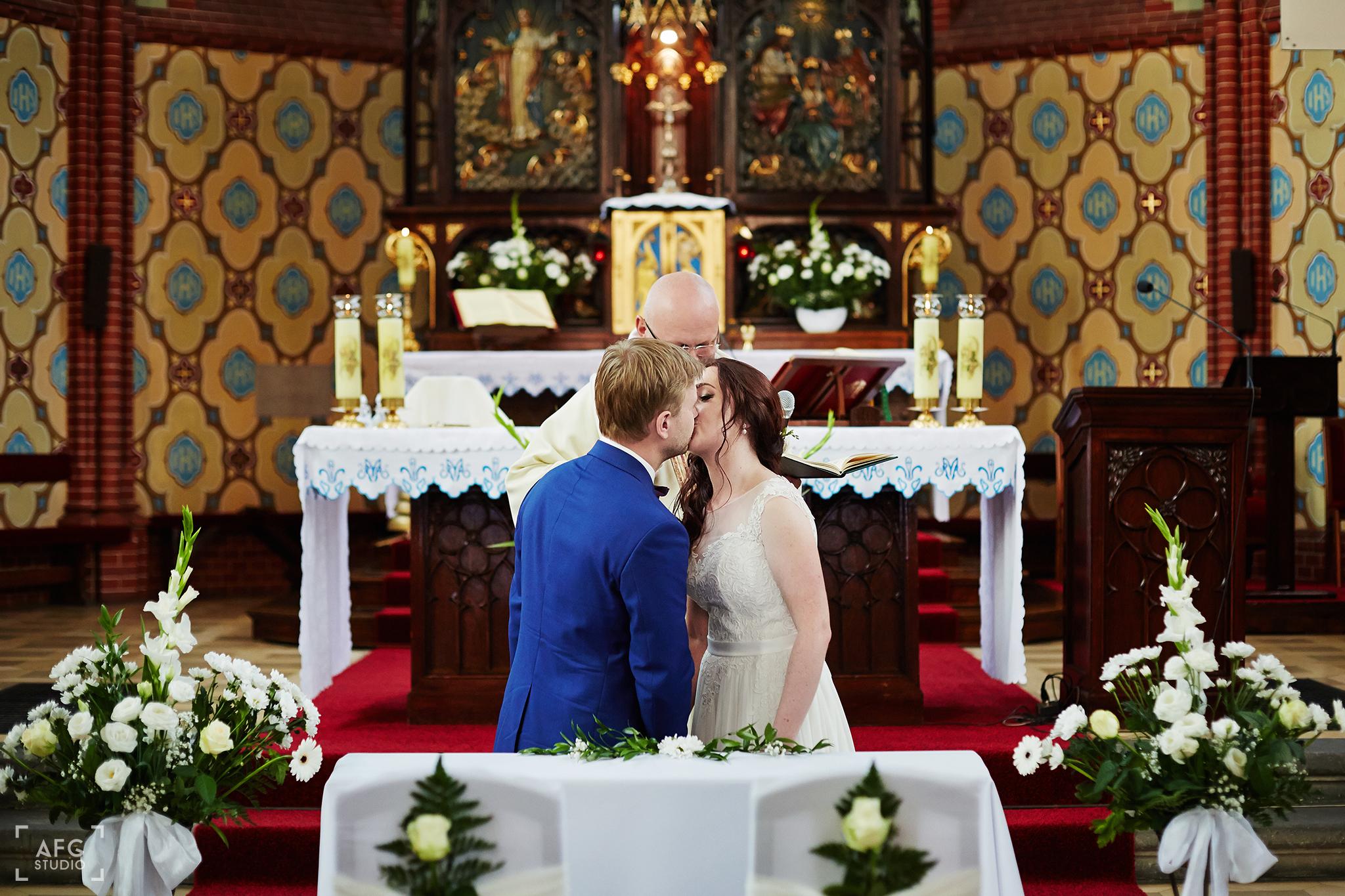 pocałunek, małżeństwo, ślub