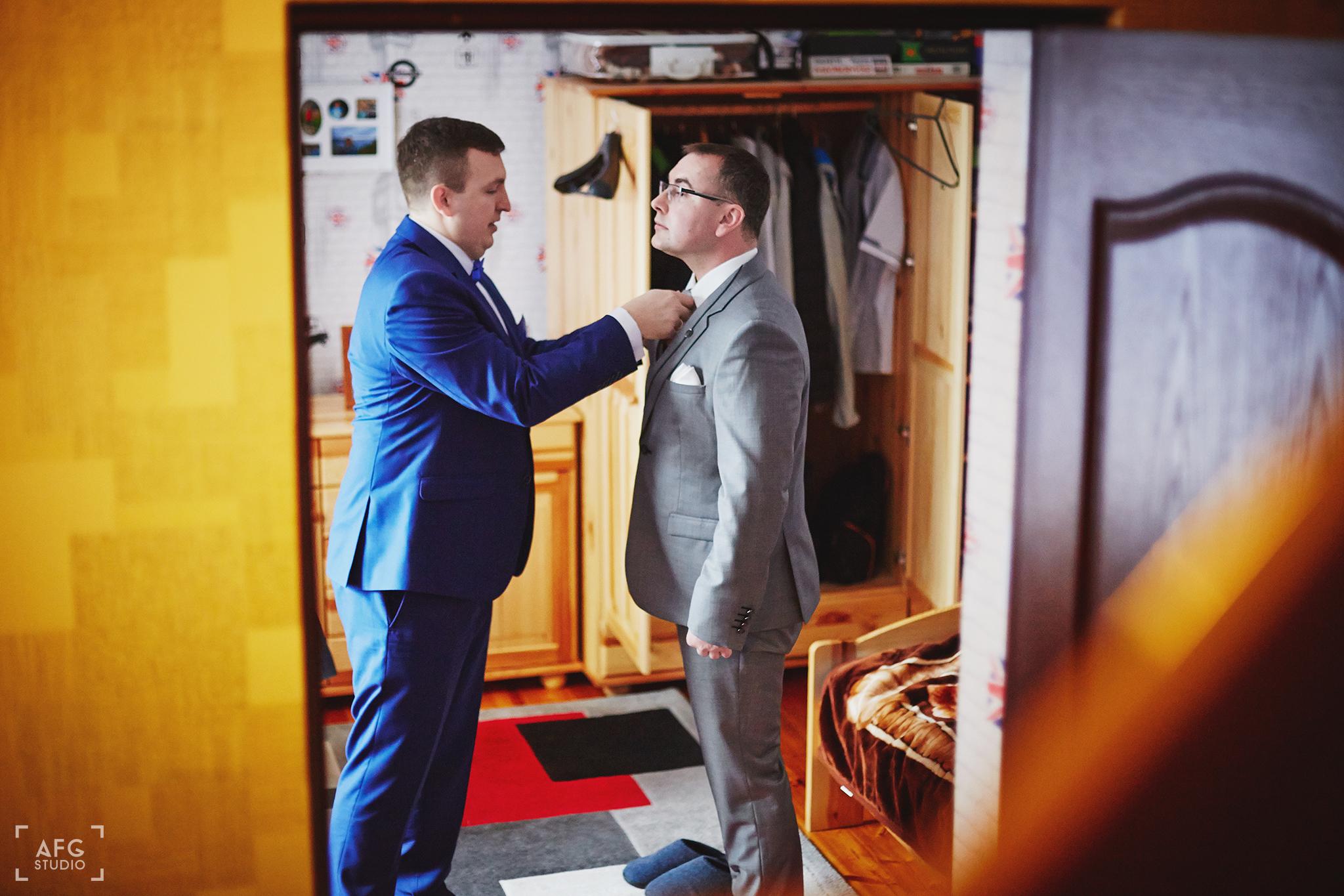 garnitur ślubny, Pan Młody, przygotowania