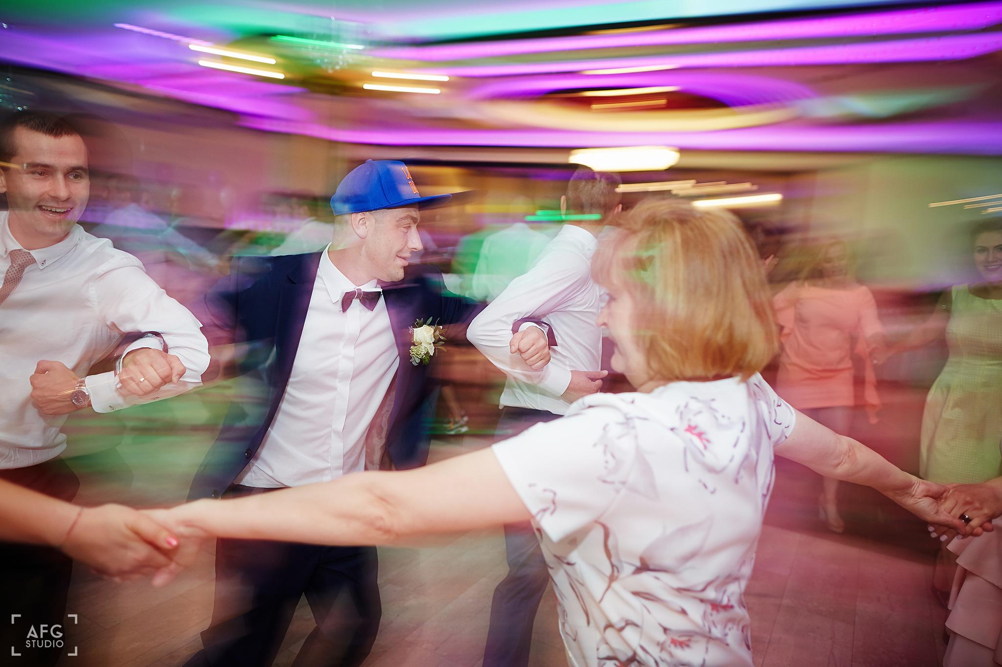taniec weselny, szaleństwo weselne