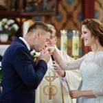 para młoda, suknia ślubna, obrączki, ślub Żary, ślub Głogów