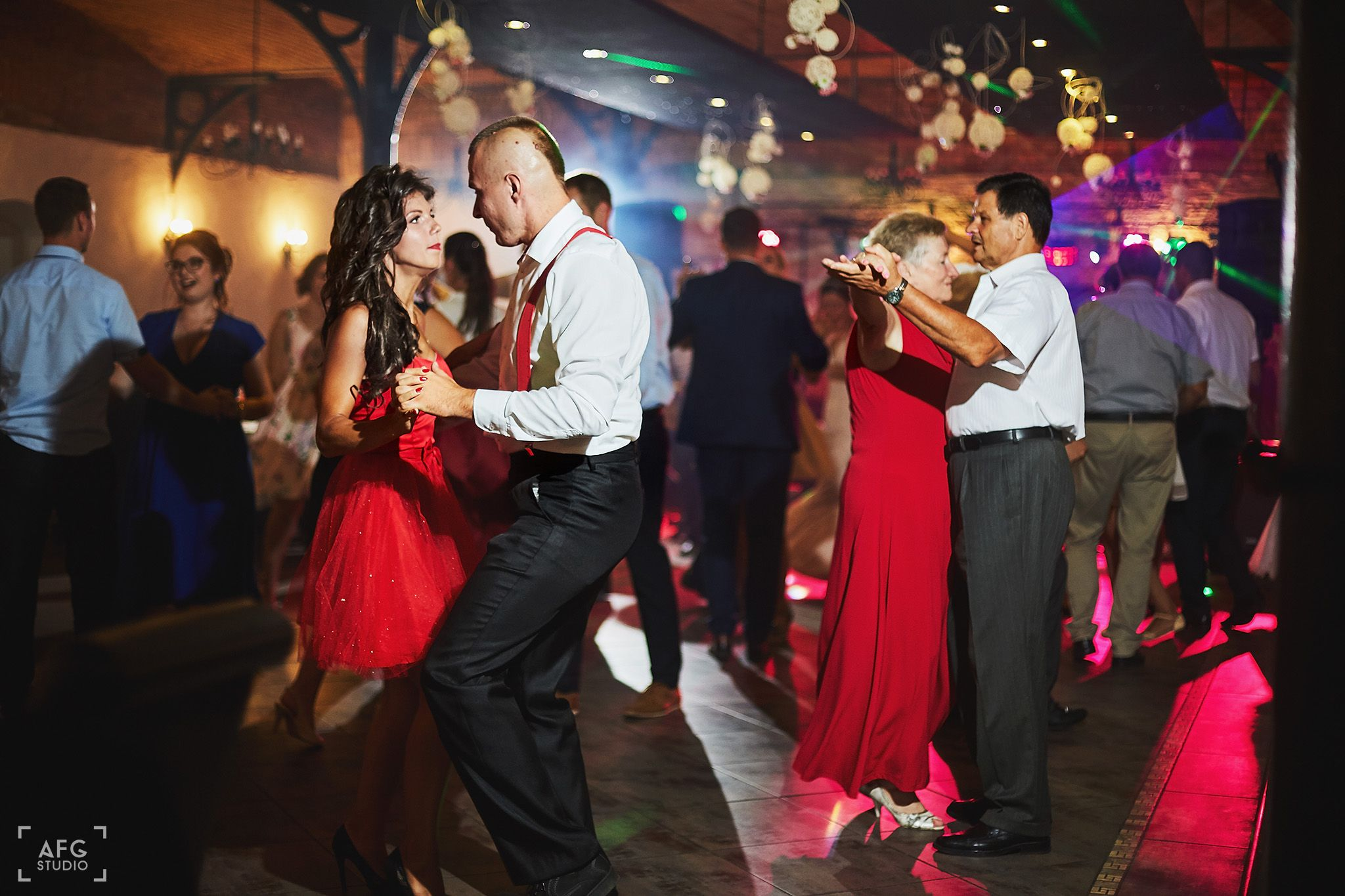 taniec, parkiet, zabawa weselna