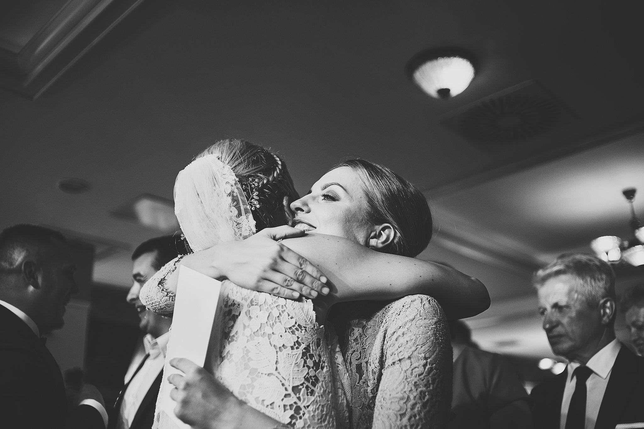 uścisk, kobieta, suknia ślubna