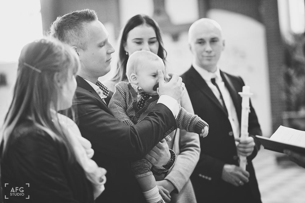 rodzina, uroczystość chrztu świętego, dziecko
