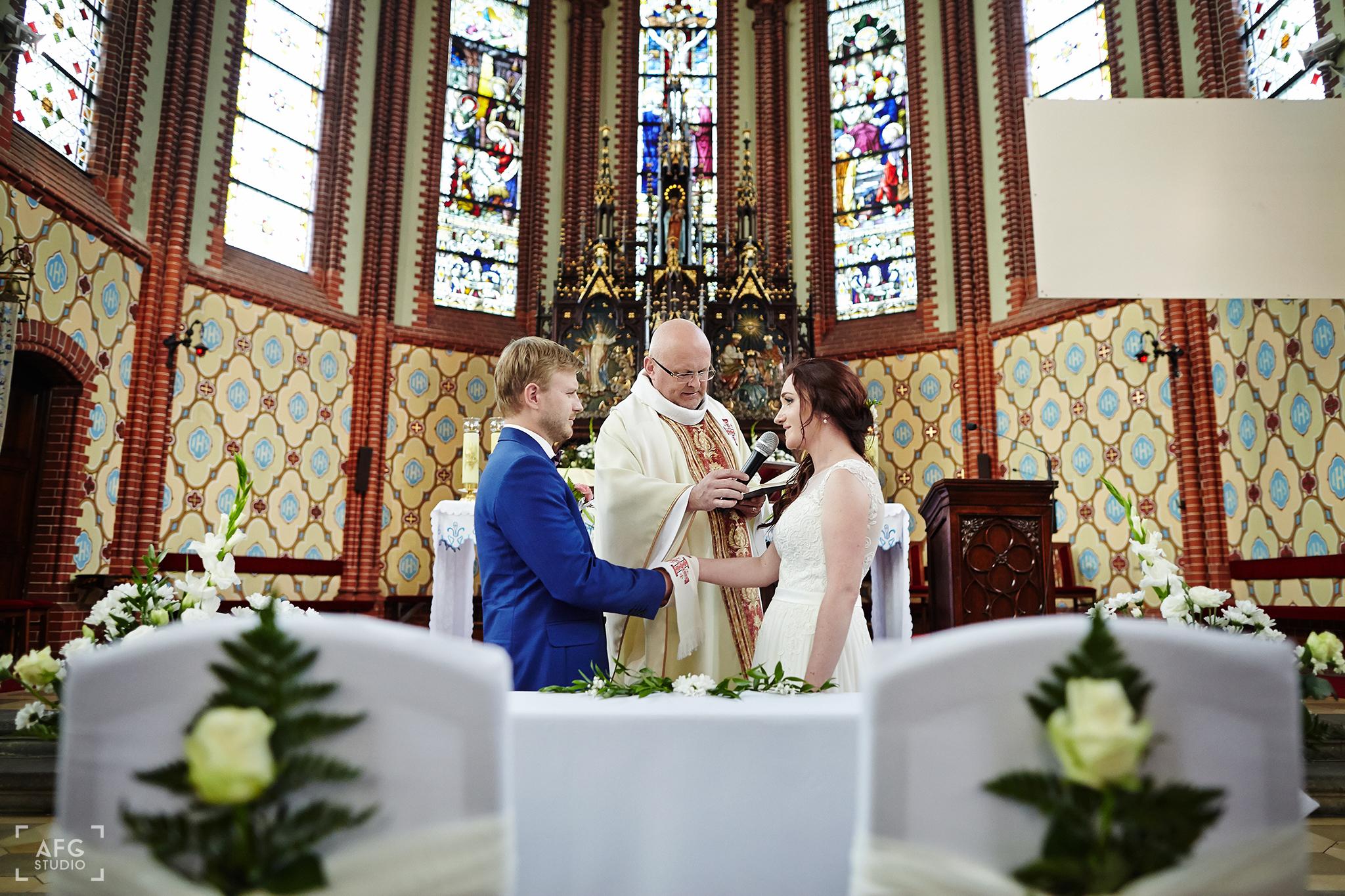 małżeństwo, ksiądz, kościół