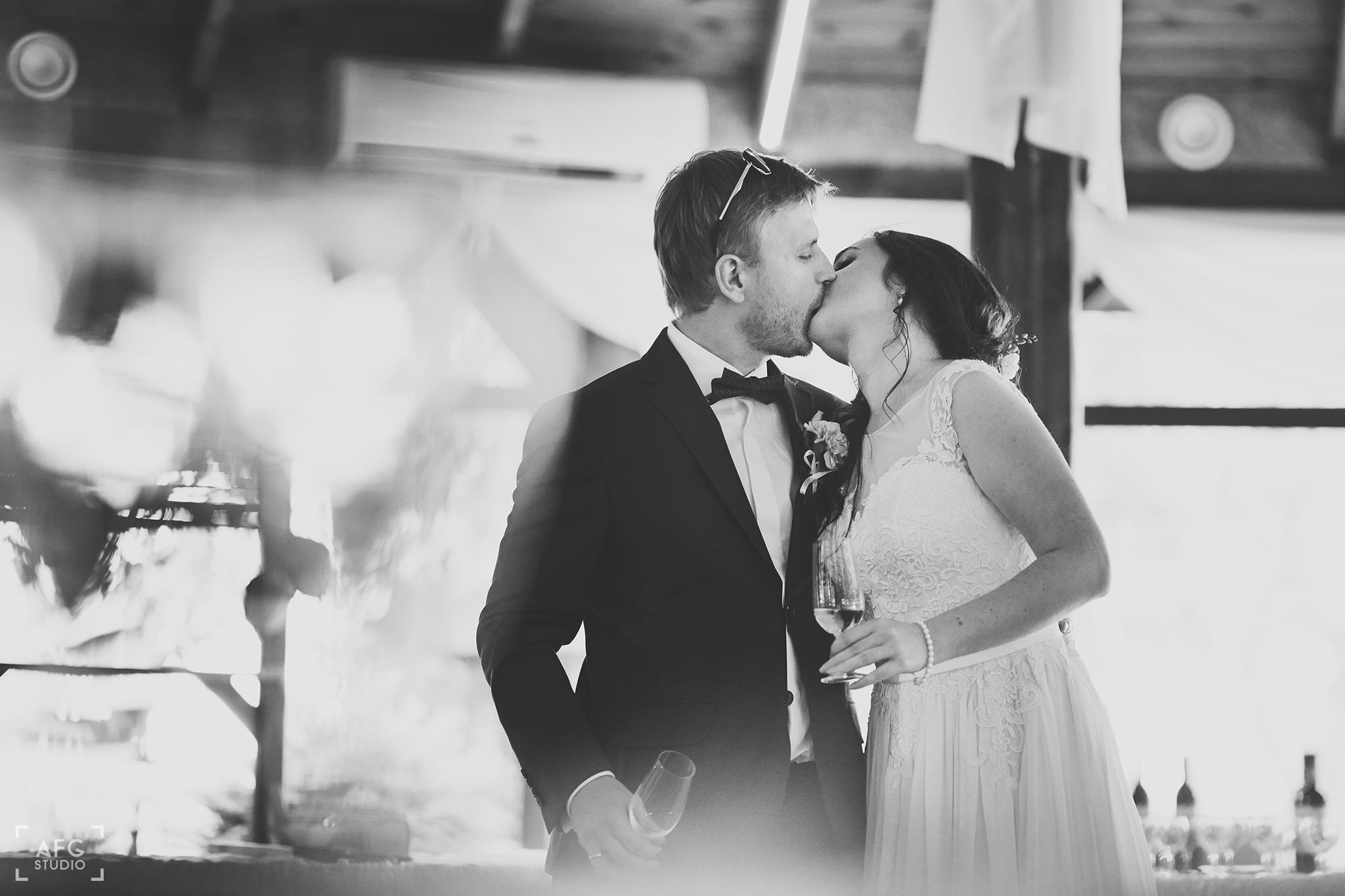 pocałunek, wesele, toast