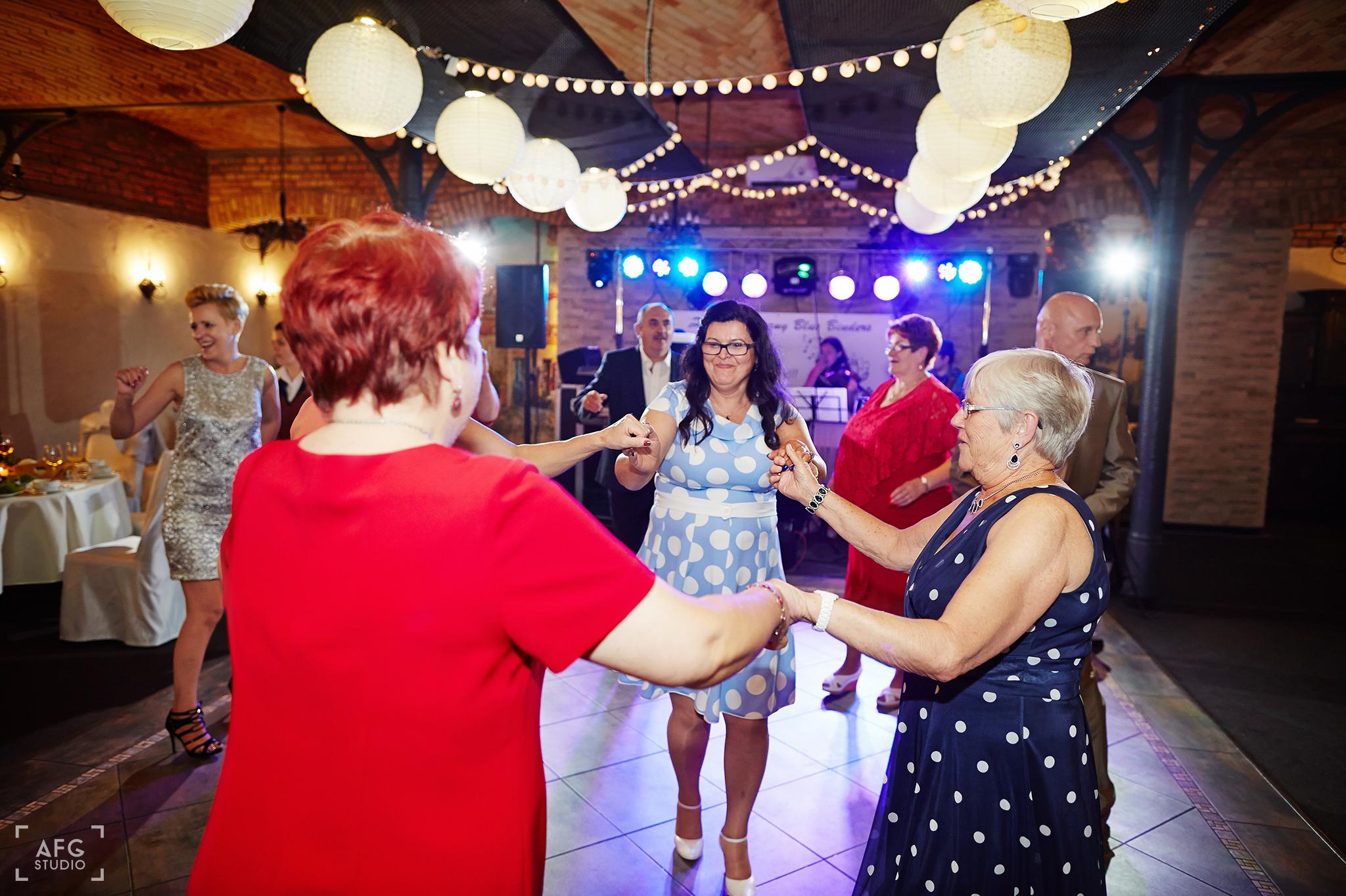 zabawa, wesele, goście weselni