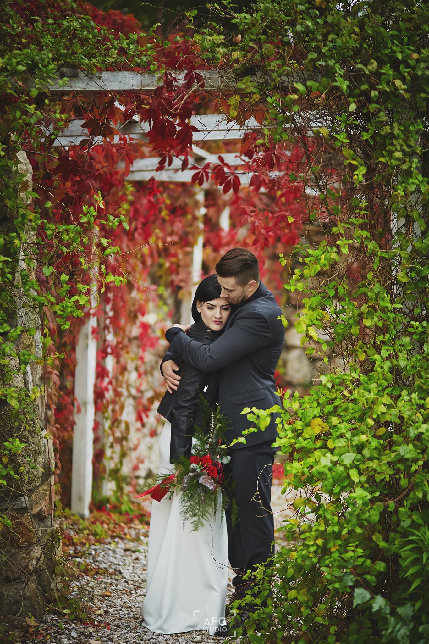 liście, park, nowożeńcy