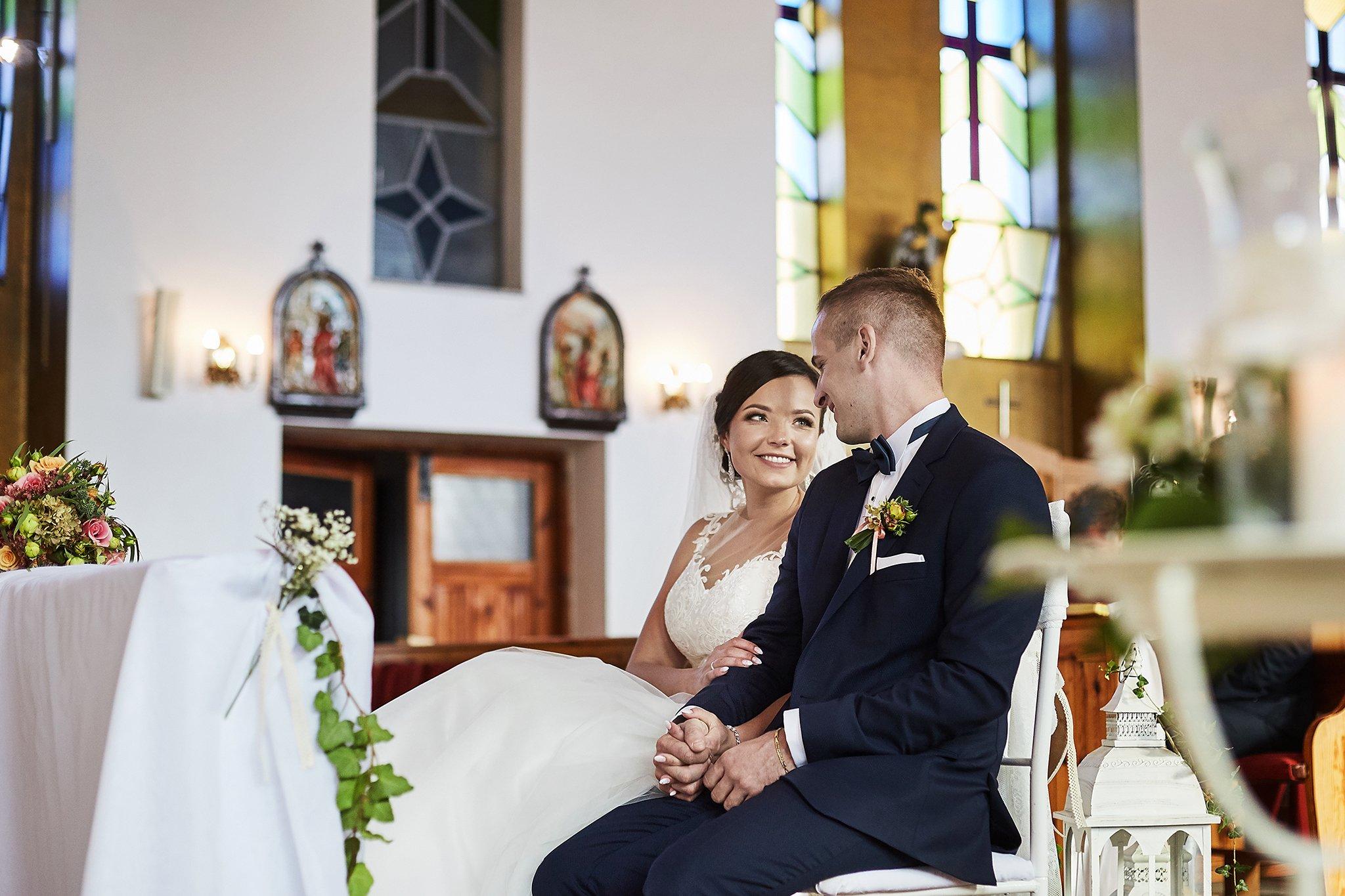 uśmiech, panna młoda, garnitur, suknia ślubna